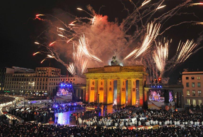 BERLIN NOVA GODINA 2020 AUTOBUSOM