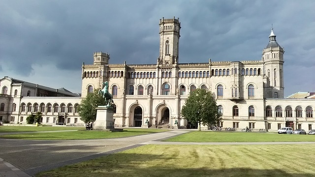 Hanover niš avio karte jeftino rezervacija kupovina cena univerzitet