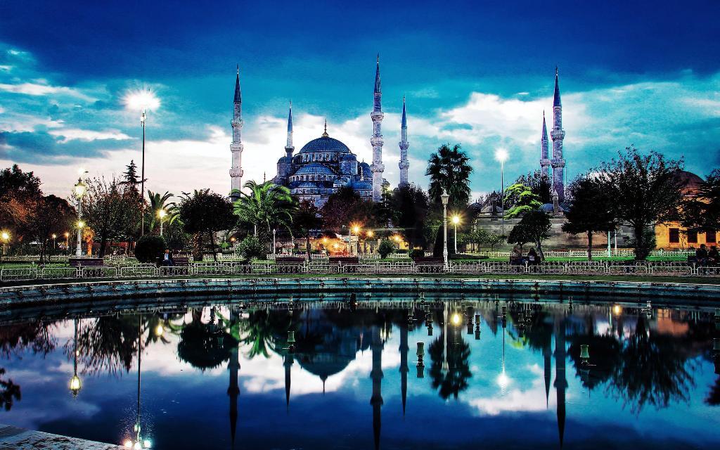 ISTANBUL - AUTOBUSOM PUTOVANJE - ARANŽMANI PROLEĆE - OBILASCI