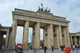 berlin avionom individualna putovanja last minute novembar