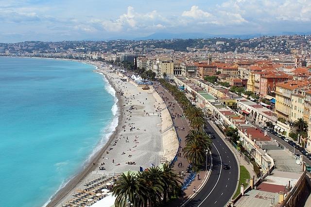 Nica Italija francuska prolećna putovanja avio bus