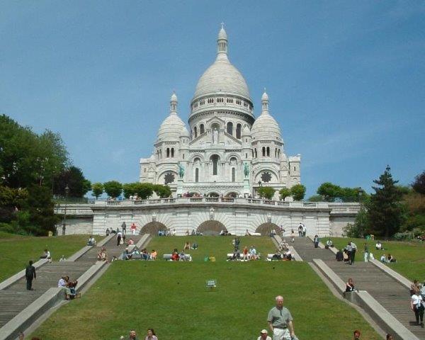 INDIVIDUALNO PUTOVANJE PARIZ CENE PONUDA AVIONOM