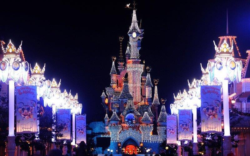 Pariz novogodisnja putovanja Pariz doček nove godine
