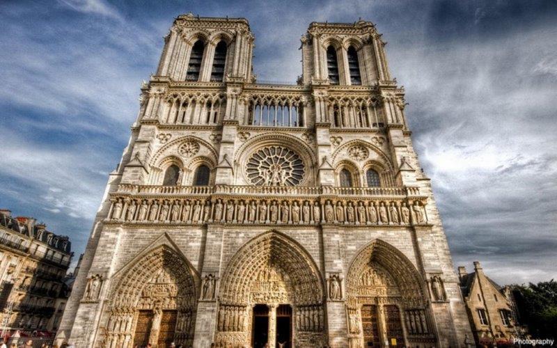 Pariz docek Nove godine aranžmani