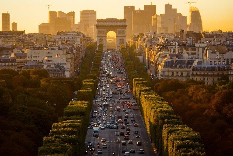 Pariz docek Nove godine autobusom