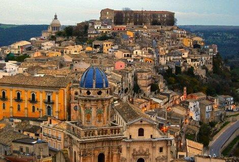 ITALIJA NOVA GODINA SICILIJA HOTELI AVIONSKI PREVOZ