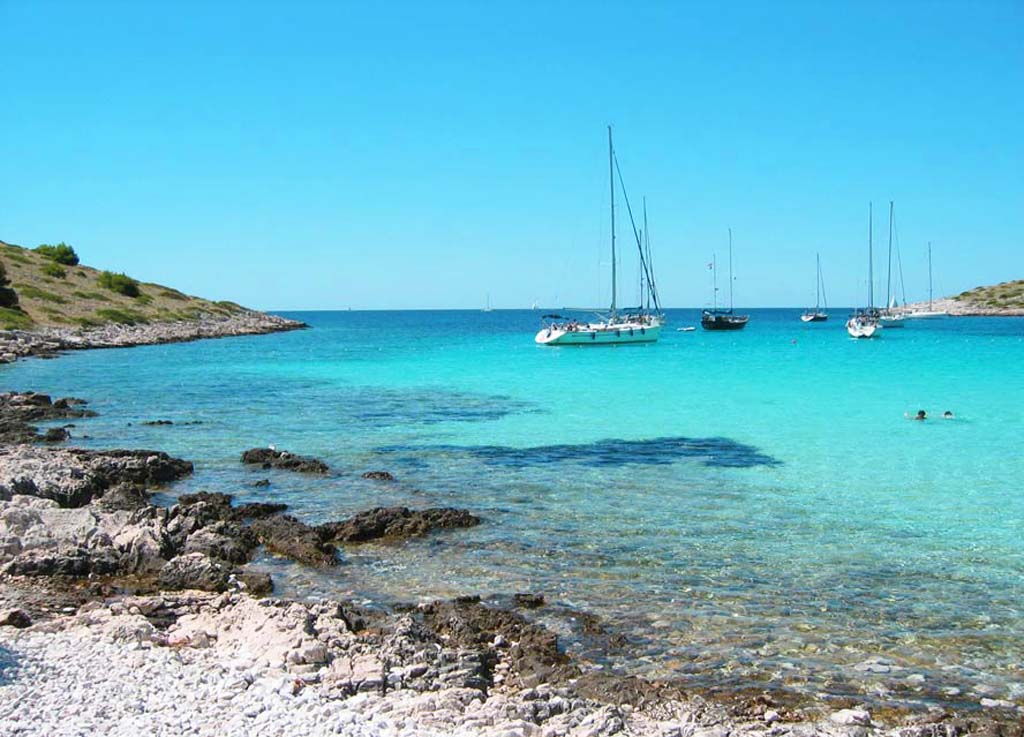 hrvatska hoteli cene ponuda apartmani letovanje plaze