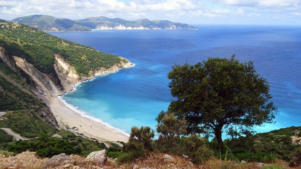 Kefalonija hoteli leto apartmani letovanja Petani plaža