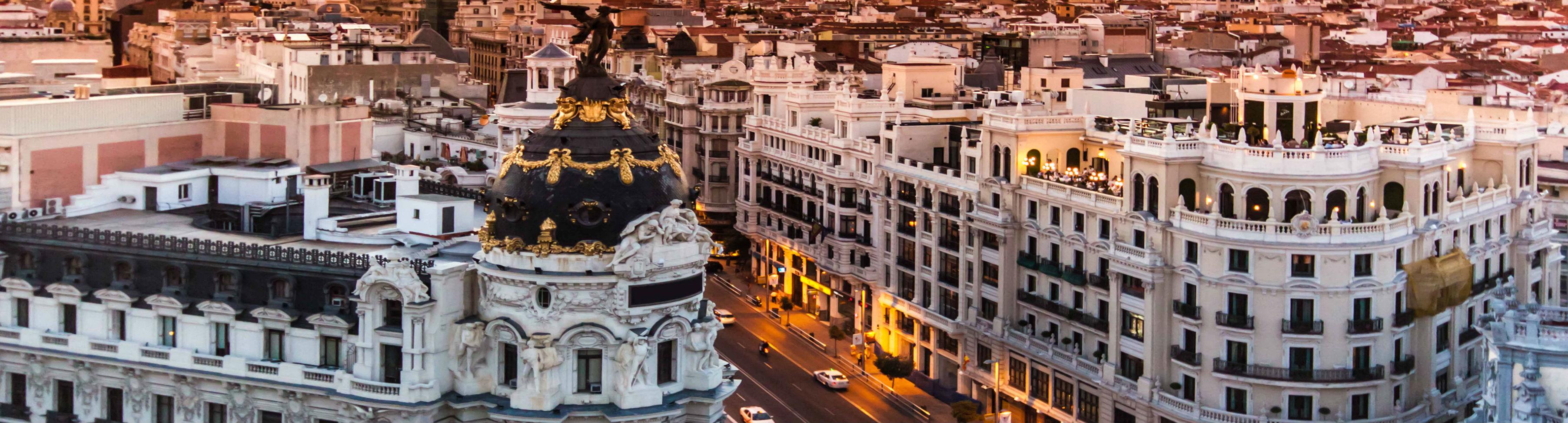 MADRID PRVI MAJ I USKRS AVIONOM