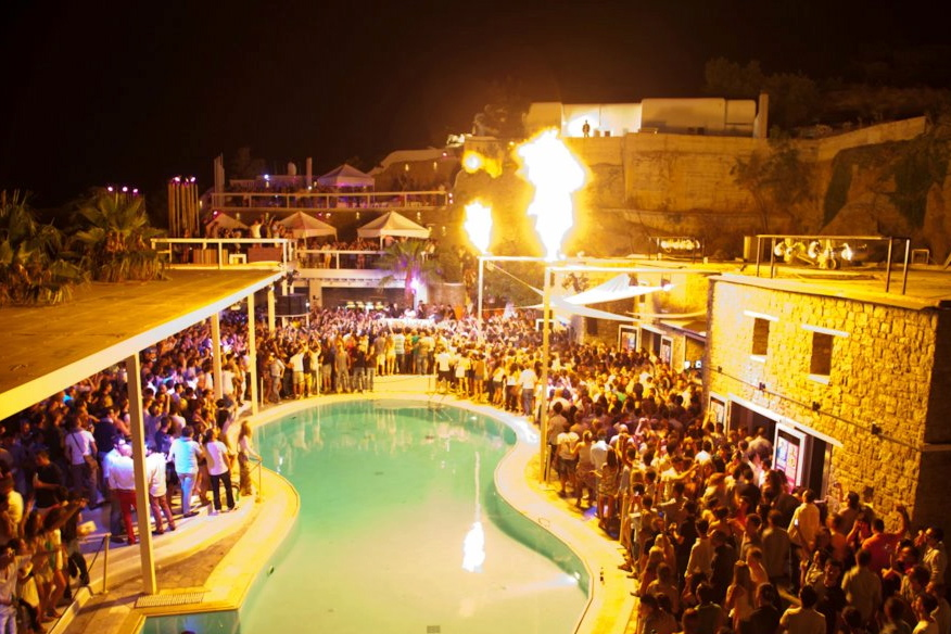 Mikonos noćni provod letovanje Grčka leto cene