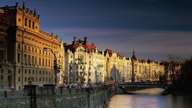 prag jesenja putovanja last minute evropske metropole