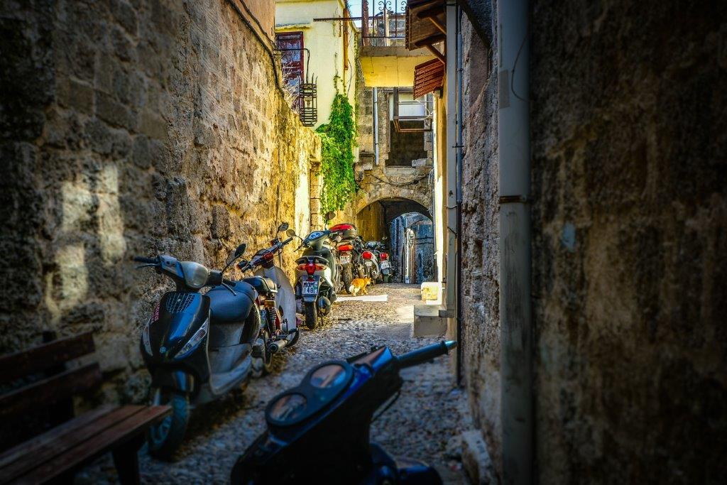 Ulica u Rodosu u Grčkoj - Rodos leto