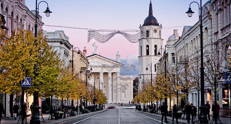 vilnius-litvanija prvi maj i uskrs putovanej avionom balticke zemlje