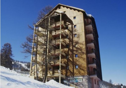 Zimovanje u Francuska skijanje cene smestaj Risoul