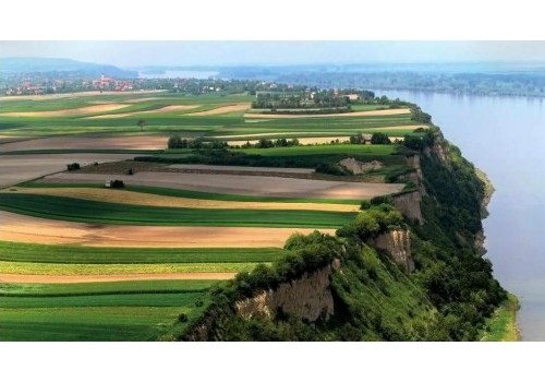 cruise on danube river throught serbia iron gate