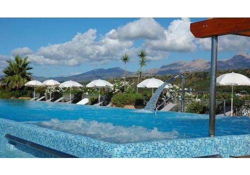 Hotel Acacia Resort 4* Bazen