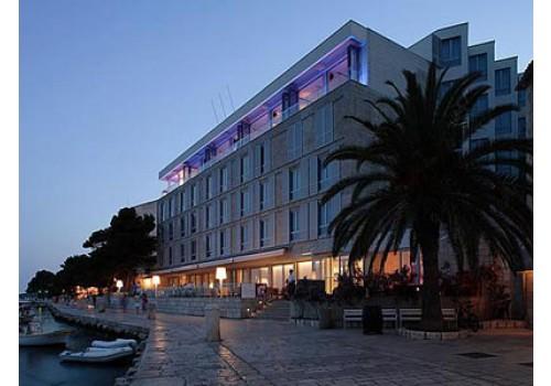 aranžmani ostrvo Hvar hoteli