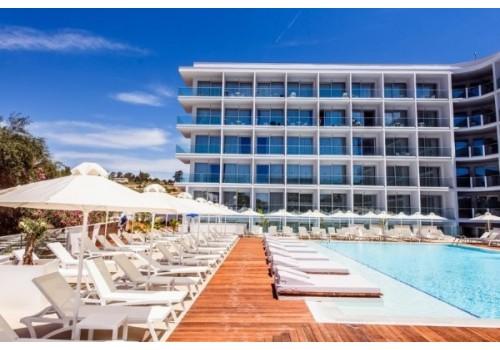 Hotel Eleana Aja Napa Kipar more letovanje paket aranžman bazen ležaljke