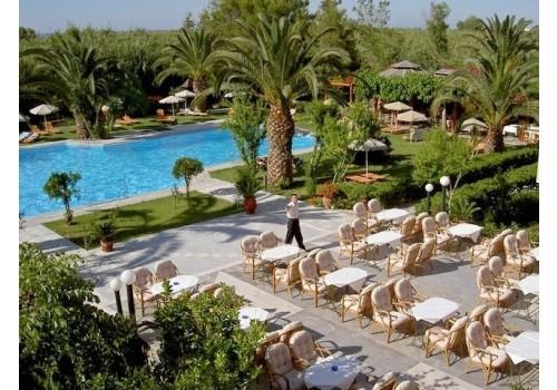 Hotel May 4* Misiria Bazen