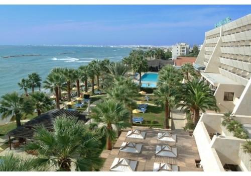 Hotel Palm Beach Larnaka Kipar more letovanje paket aranžman pogled na kompleks