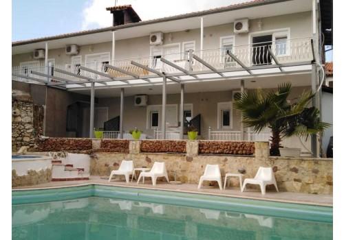 Hotel Philoxenia Boutique letovanje Pefkohori Kasandra more Grčka bazen