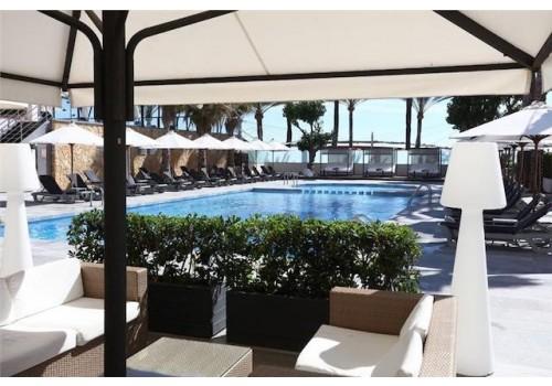 Hotel Playa Golf 4* Bazen