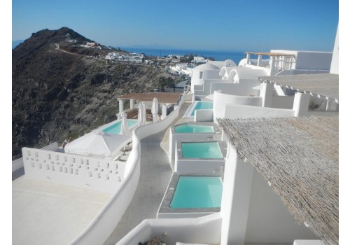 Hotel Rocabella Santorini letovanje grčka ostrva apartmani bazeni