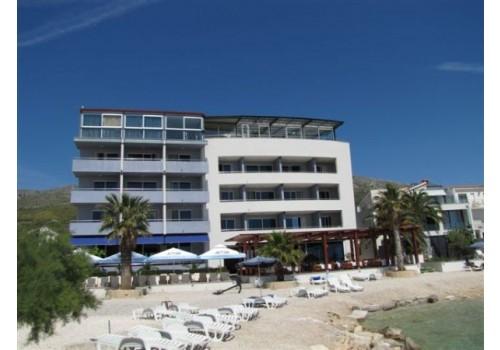 letovanje hoteli Podstrana Dalmacija