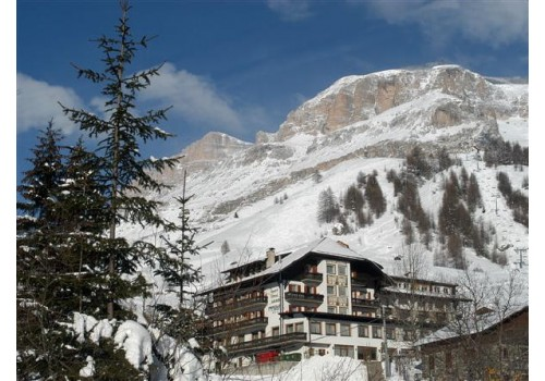 Italija skijanje zimovanje Arabba Marmolada