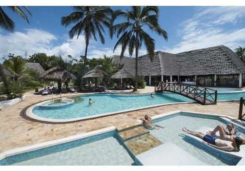 hotel uroa beach resort zanzibar dreamland bazen