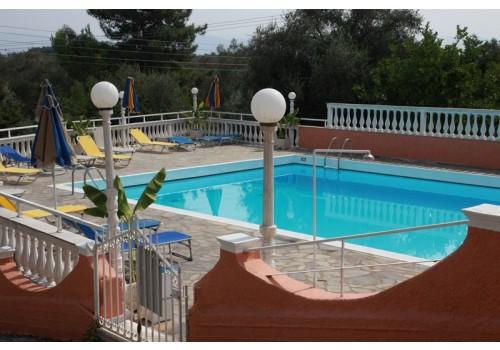 krf hotel victoria hill sa bazenom