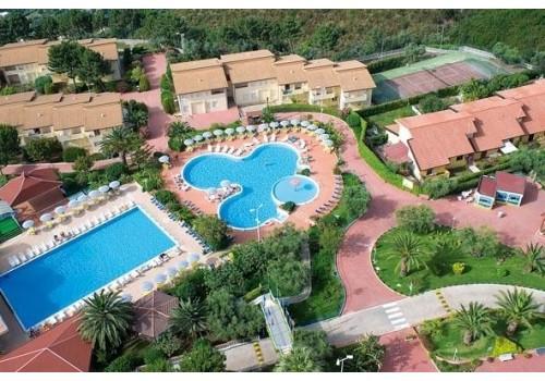 Hotel Villaggio Club La Pace Tropea Kalabrija Letovanje Italija avionom paket aranžman
