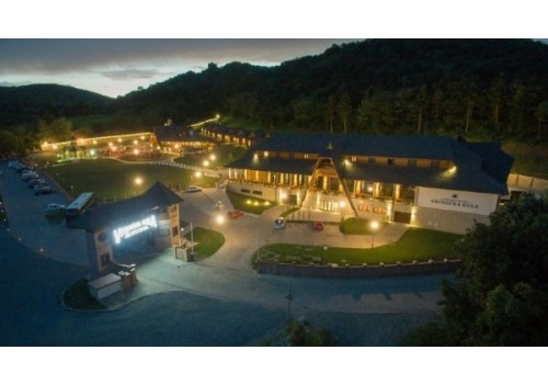 Hotel Vrdnička kula Vrdnik Etno selo fruška gora smeštaj Vojvodina