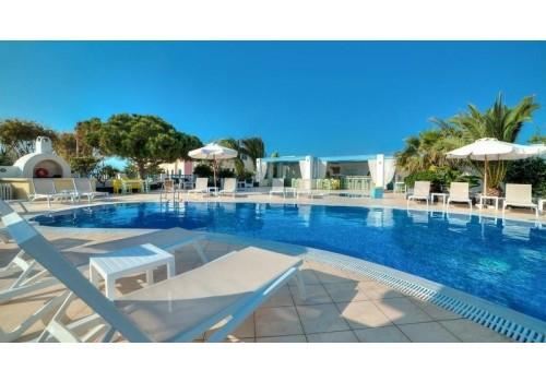 HOTEL MARILLIA VILLAGE SANTORINI GRČKA AVIONOM
