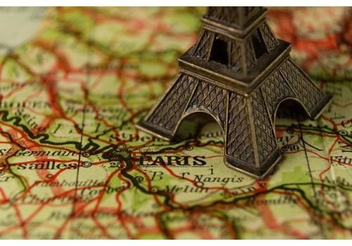 Prvomajski izlet avionom u Pariz Francuska prvi maj proleće aranžman najpovoljnije