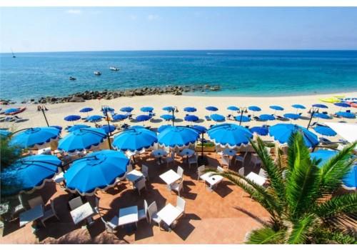 leto Hotel Villaggio Lido di San Giuseppe Italilja Kalabrija avionom