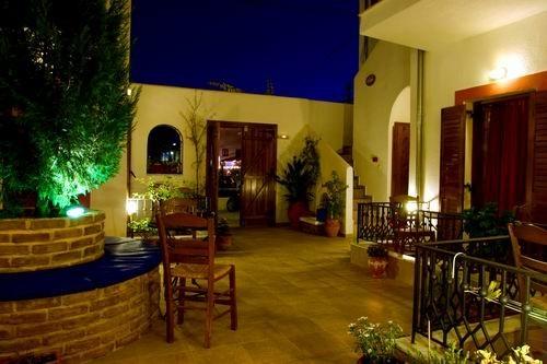 HOTEL MAROUSO SKIJATOS GRČKA DREAM LAND