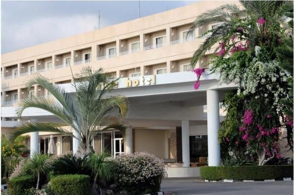 Aloe Hotel Pafos Kipar letovanje paket aranžman more leto cena smeštaj