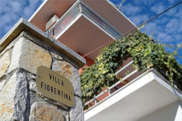 Apartmai Fiorentina Barbati Krf letovanje Grčka avionom paket aranžman ulaz