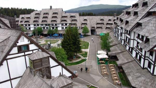 Apartmani Konaci Kopaonik zima skijanje cene