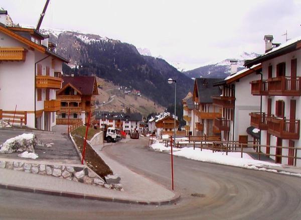 Zimovanje u Italiji Arabba Marmolada skijanje cene smestaj
