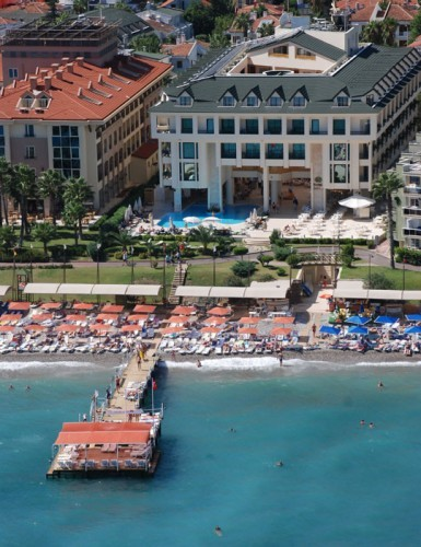 LETO TURSKA KEMER HOTELI U CENTRU AVIO