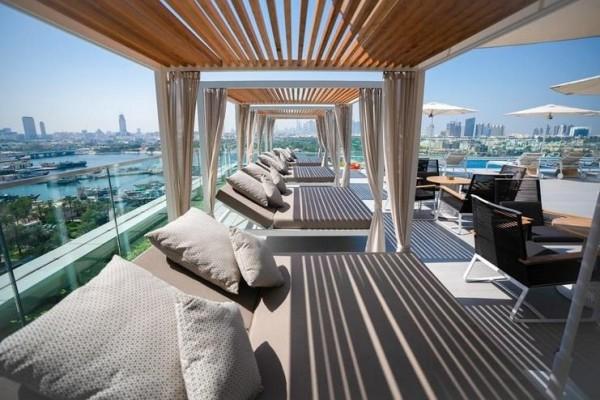 Hotel Al Bandar Rotana Dubai Creek bazen na krovu pogled