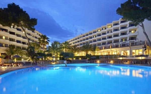 Hotel alua miami ibiza španija letovanje povoljno aranžma leto 2019 bazen noću
