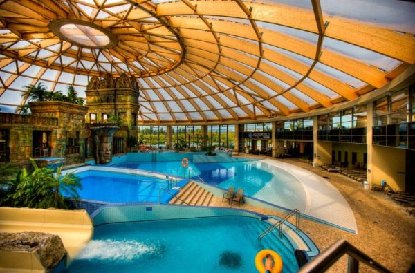 AQUAWORLD RESORT BUDIMPEŠTA RAMADA RESORT WELLNESS & SPA CENE