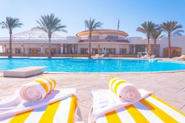 Hotel Coral Beach Resort Tiran 4* Bazen