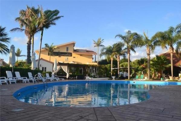 Hotel Costa Smeralda 4* Bazen