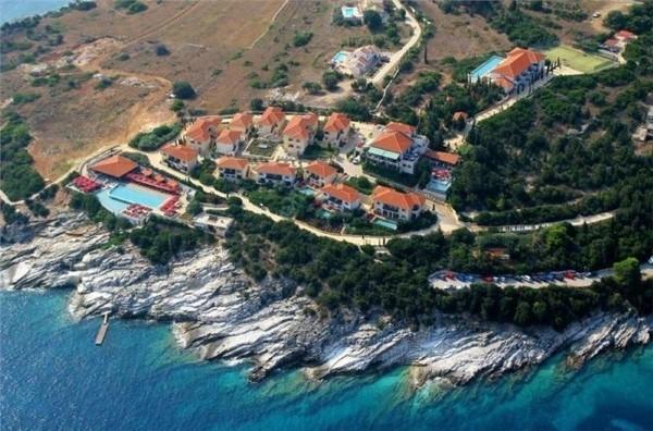Hotel Emelisse Nature Resort Fiscardo Kefalonija more grčka letovanje lux paket aranžman cena smeštaj