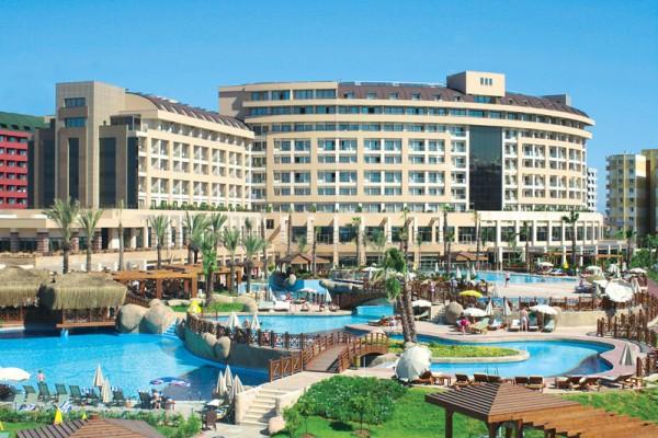 HOTEL FAME RESIDENCE LARA TURSKA ANTALIJA - LARA LETO ARANŽMANI AVIONOM