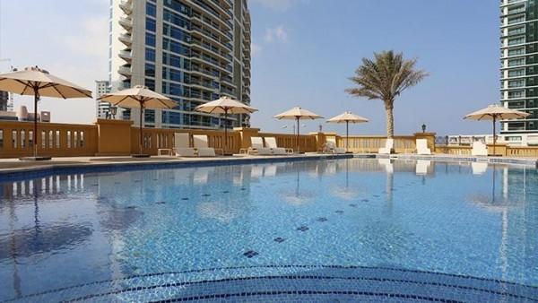 HOTEL HAWTHORN SUITES BY WINDHAM Dubai letovanje 4 zvezdice paket aranžman beograd avion cena more plaža shopping mall bazen